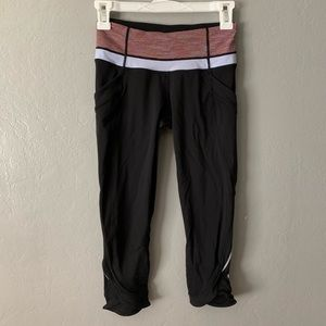 Lululemon cropped Capri leggings with pockets